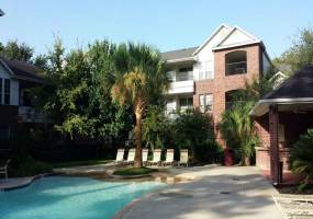 Rental by Apartment Wolf | The Verandah at LakePointe | 8300 Fm 1960 Rd E, Humble, TX 77346 | apartmentwolf.com