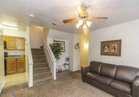 Rental by Apartment Wolf | Canyon Oaks Apartments | 16500 Henderson Pass, San Antonio, TX 78232 | apartmentwolf.com