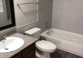 Rental by Apartment Wolf | Broad Viewe | 215 W Broadview Dr, San Antonio, TX 78228 | apartmentwolf.com