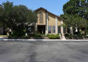 Rental by Apartment Wolf | Palisades Park Apartments | 165 Palisades Dr, Universal City, TX 78148 | apartmentwolf.com
