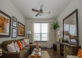 Rental by Apartment Wolf | GreenVue Apartments | 1350 N Greenville Ave, Richardson, TX 75081 | apartmentwolf.com