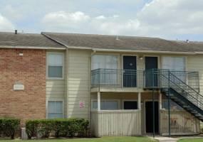 Rental by Apartment Wolf   Salado   1000 Greens Rd, Houston, TX 77060   apartmentwolf.com