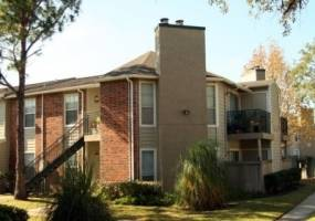 Rental by Apartment Wolf   Crescent at Cityview   1100 Langwick Dr, Houston, TX 77060   apartmentwolf.com