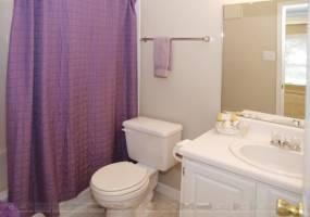 Rental by Apartment Wolf   Rockridge Bend   770 Greens Rd, Houston, TX 77060   apartmentwolf.com