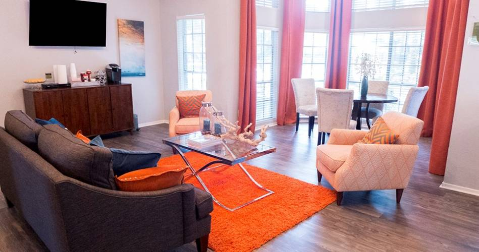 Rental by Apartment Wolf | Oaks at Greenview | 794 Normady St, Houston, TX 77015 | apartmentwolf.com