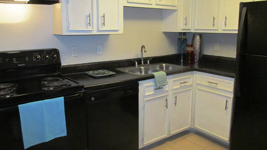 Rental by Apartment Wolf   Bella Spring Townhomes   1550 Blalock Rd, Houston, TX 77080   apartmentwolf.com