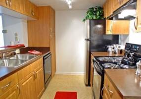 Rental by Apartment Wolf | Bellevue Riviera | 555 Normandy St, Houston, TX 77015 | apartmentwolf.com