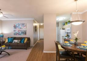 Rental by Apartment Wolf | The Springs Of Indian Creek | 2057 W Hebron Pkwy, Carrollton, TX 75010 | apartmentwolf.com