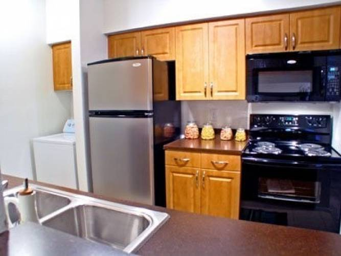 Rental by Apartment Wolf | Bellevue At Clear Creek | 17231 Blackhawk Blvd, Friendswood, TX 77546 | apartmentwolf.com