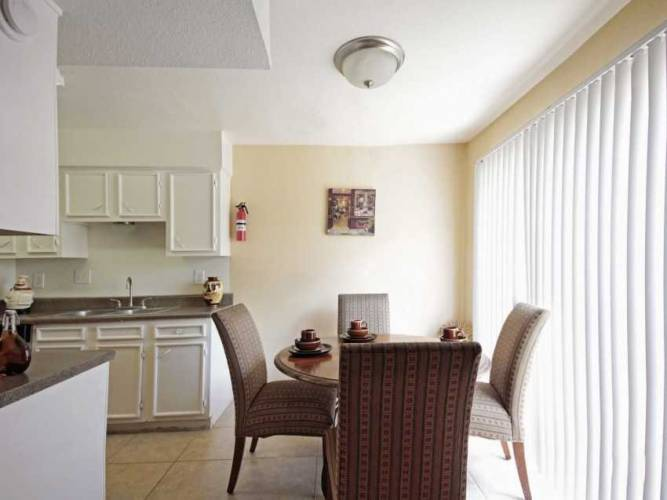Rental by Apartment Wolf | Lakeside Forest | 1251 Wilcrest Dr, Houston, TX 77042 | apartmentwolf.com