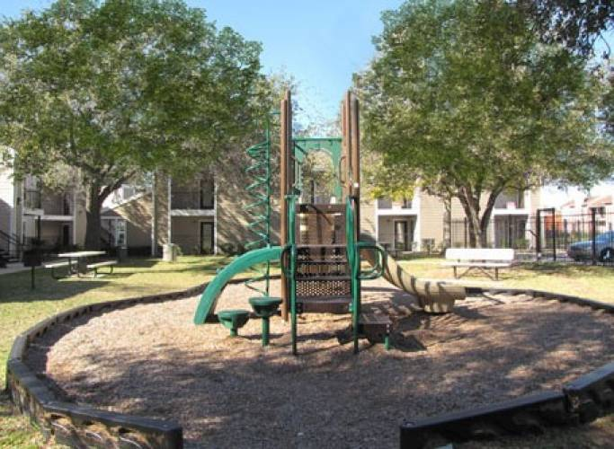 Rental by Apartment Wolf | Premier on Woodfair | 9502 Woodfair Dr, Houston, TX 77036 | apartmentwolf.com