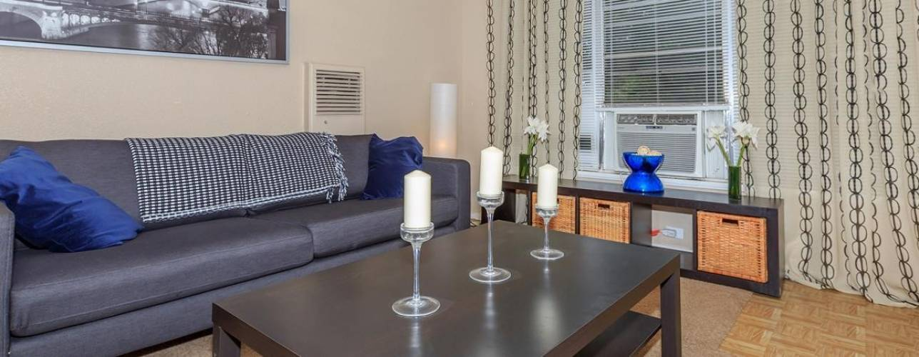 Rental by Apartment Wolf | Southway Manor Apartments | 7315-7497 Southway Dr, Houston, TX 77087 | apartmentwolf.com