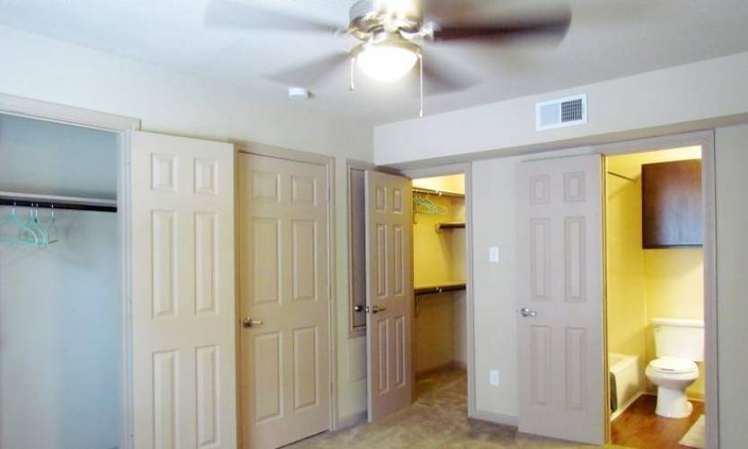 Rental by Apartment Wolf | Zollie Scales Apartments | 4001 Corder St, Houston, TX 77021 | apartmentwolf.com