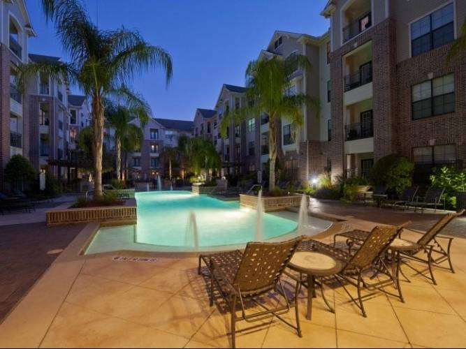 Rental by Apartment Wolf | Villas At Bunker Hill | 9757 Pine Lake Dr | apartmentwolf.com