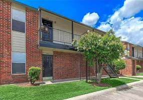 Rental by Apartment Wolf | Hutchins Palms Apartments | 535 W Hutchins Pl, San Antonio, TX 78221 | apartmentwolf.com