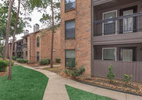 Rental by Apartment Wolf | Sunrise at Atascocita | 7850 Fm 1960 Rd E, Humble, TX 77346 | apartmentwolf.com