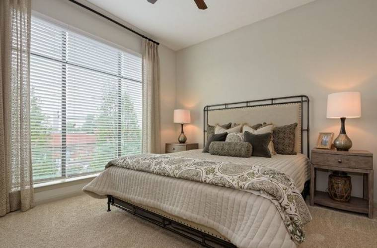 Rental by Apartment Wolf | The Hendry Apartment Homes | 1759 W Campbell Rd, Garland, TX 75044 | apartmentwolf.com