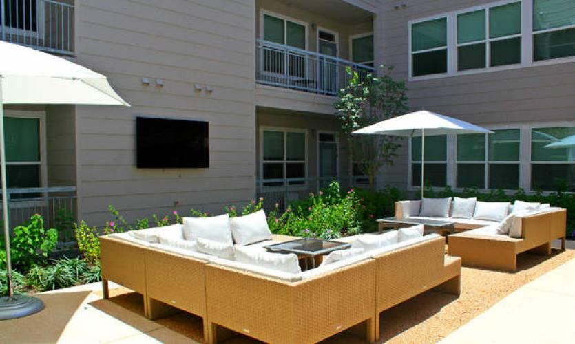 Rental by Apartment Wolf | Republic at Alamo Heights | 1111 Austin Hwy, San Antonio, TX 78209 | apartmentwolf.com