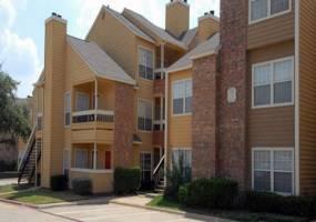 Rental by Apartment Wolf | Huntington Ridge | 821 S Polk, DeSoto, TX 75115 | apartmentwolf.com