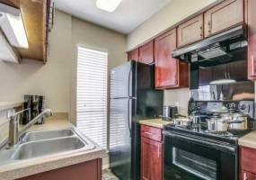 Rental by Apartment Wolf | Chateau on the River | 3301 River Park Ln S, Fort Worth, TX 76116 | apartmentwolf.com