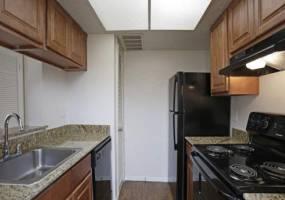 Rental by Apartment Wolf | Prestonwood Trails | 6350 Keller Springs Rd, Dallas, TX 75248 | apartmentwolf.com