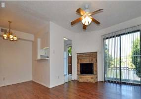 Rental by Apartment Wolf | Lakehill Townhomes | 2610 Lakehill Ln, Carrollton, TX 75006 | apartmentwolf.com