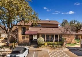 Rental by Apartment Wolf   Ridge on Randol   8951 Randol Mill Rd, Fort Worth, TX 76120   apartmentwolf.com