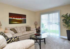 Rental by Apartment Wolf | Ashton Place | 713 W Mulberry St, Denton, TX 76201 | apartmentwolf.com