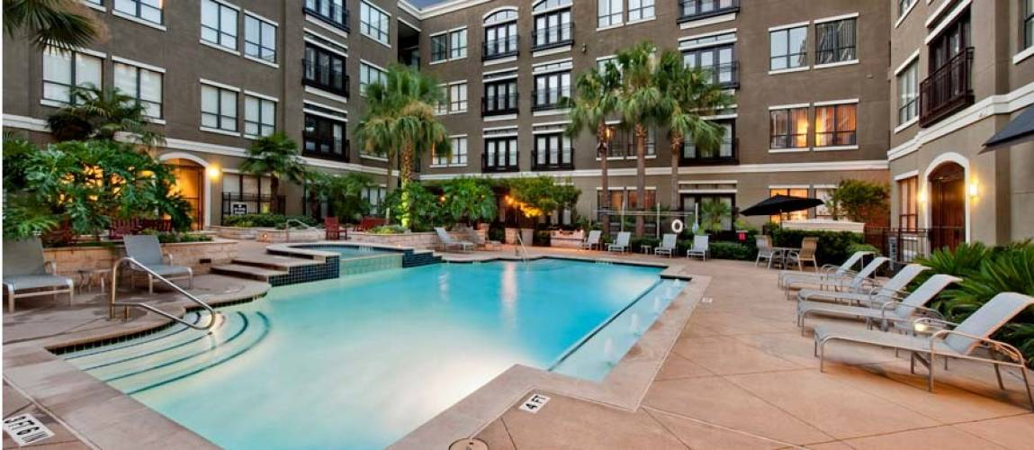 Rental by Apartment Wolf | Lofts at the Ballpark | 610 Saint Emanuel St, Houston, TX 77003 | apartmentwolf.com