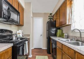 Rental by Apartment Wolf | Fox Trails Apartment Homes | 6300 Roundrock Trl, Plano, TX 75023 | apartmentwolf.com
