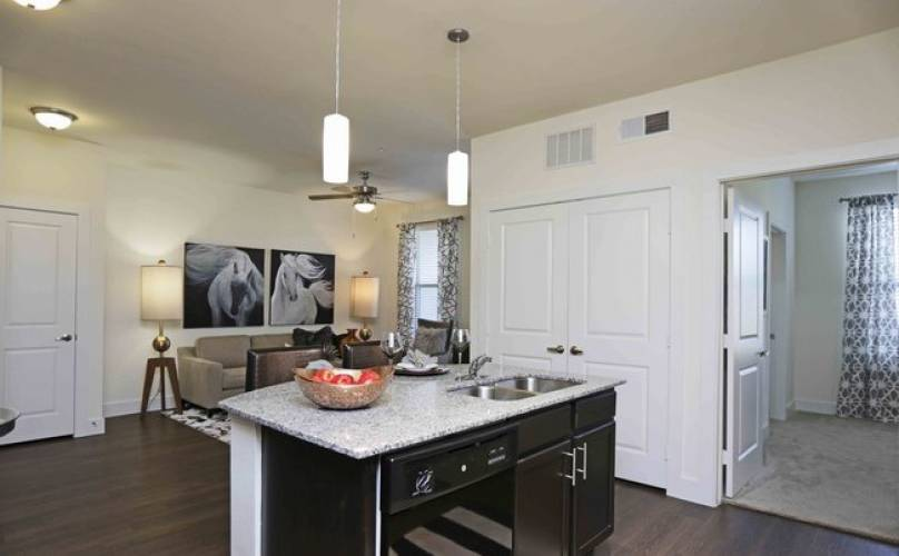 Rental by Apartment Wolf | Parc at Garland | 3401 Bobtown Rd, Garland, TX 75043 | apartmentwolf.com